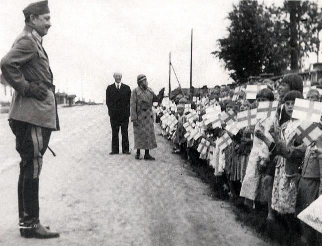 21.06.1942.-Карл-Густав-Маннергейм-в-Петрозаводске.