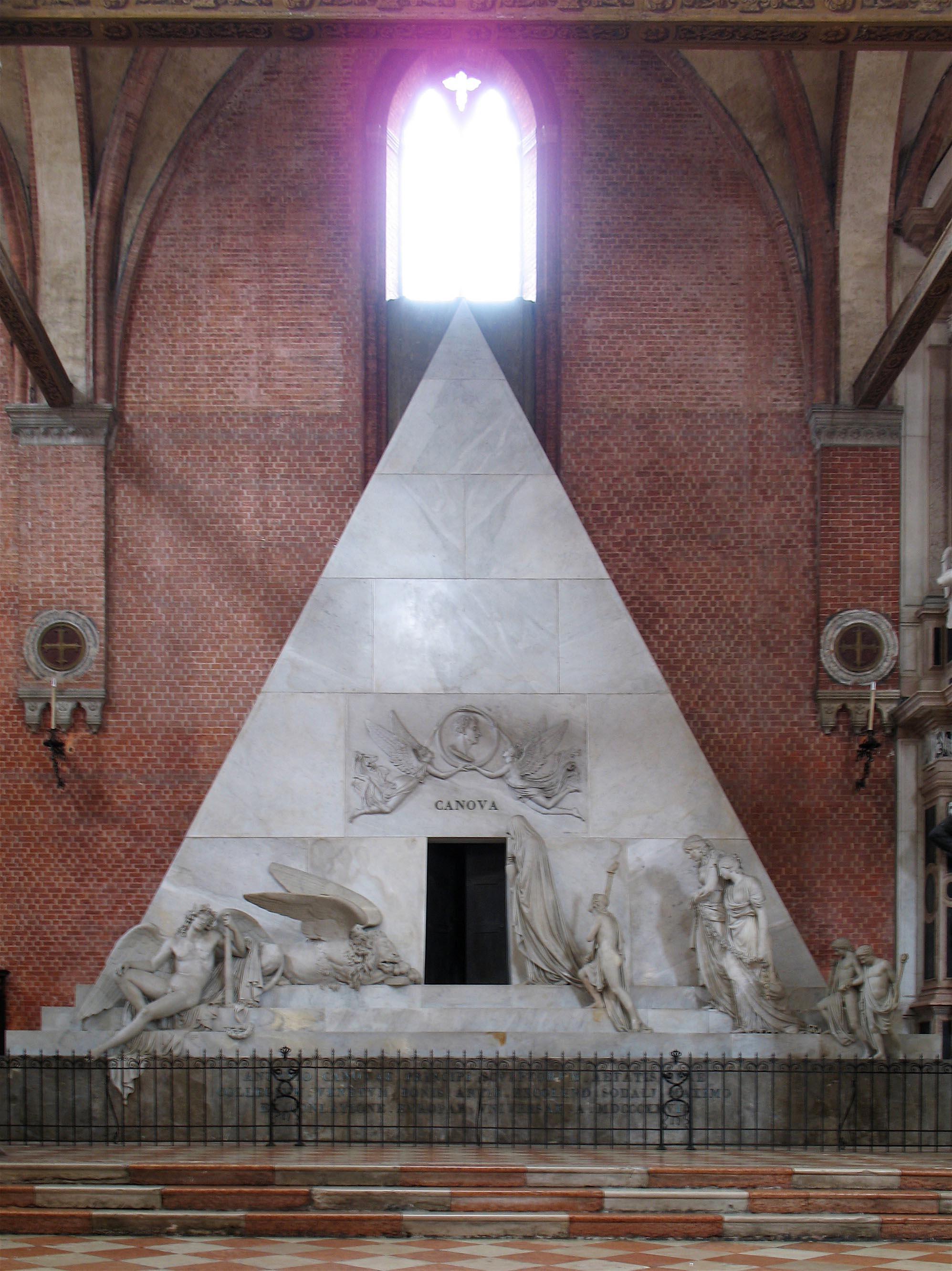024-гробница Кановы