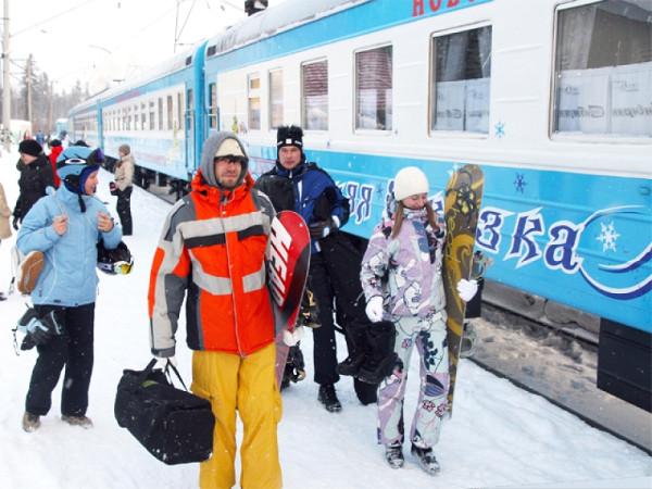 зимняя сказка поезд шерегеш