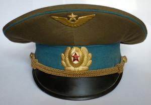 Офицерская_фуражка_ВВС_и_ВДВ_ВС_СССР