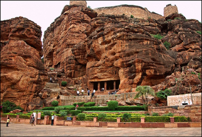 Badami-Cave-Temple-Bagalkot-District-Karnataka