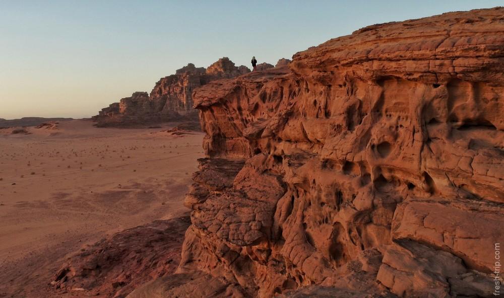 sunset_wadi-rum_jordan_1