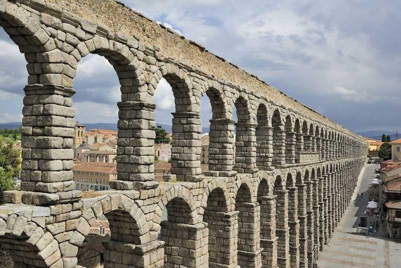 Aqueducto-de-Segovia1-e1392412351243