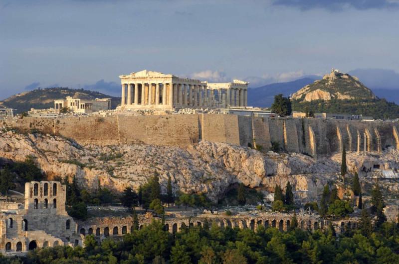 akropol-copy-e1482749238436