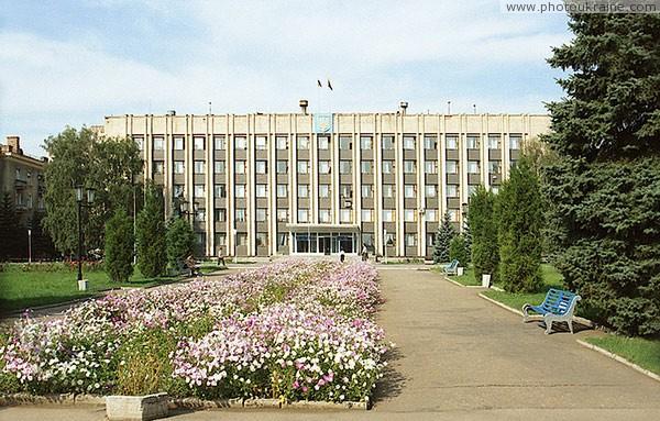 Донецьк) - город (с 1917 года) на украине, административный центр донецкой областиотсутствие вредных загрязняющих