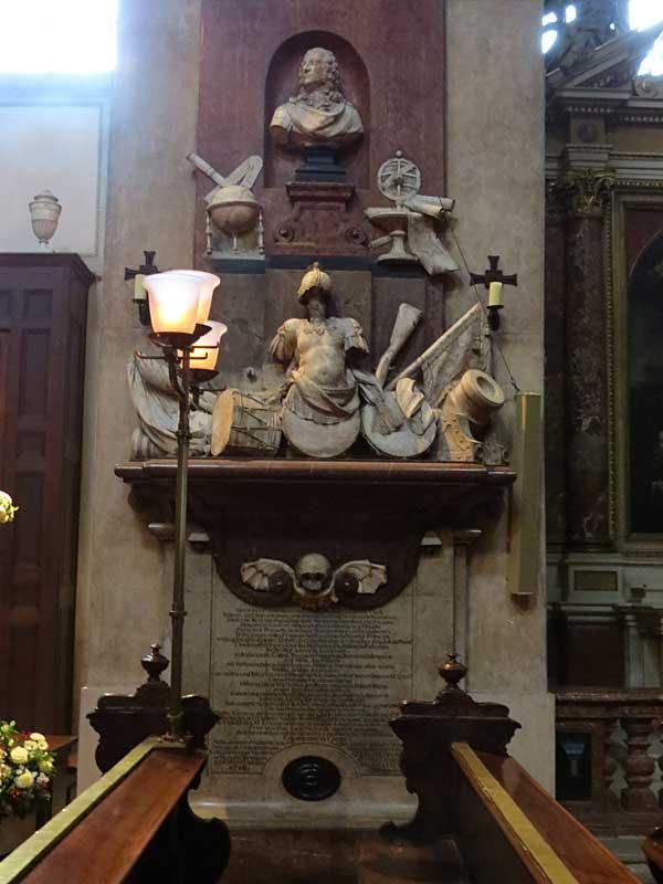 шотландский-монастырь