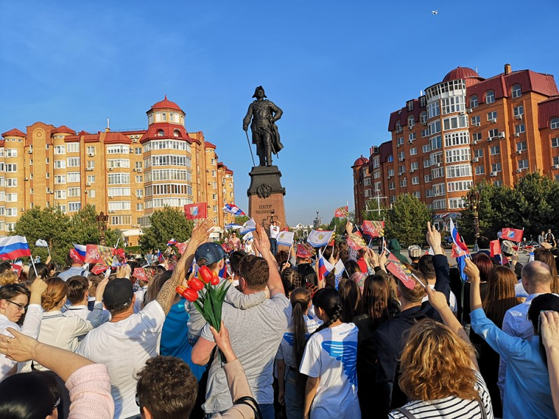 Потрясающий флешмоб в честь освобождения Севастополя придумали в Астрахани