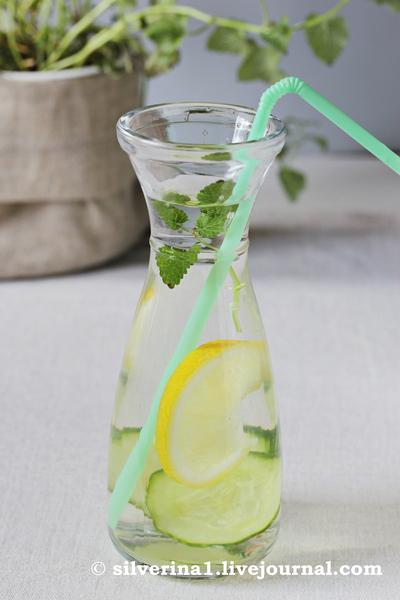 Вода с мелиссой и лимоном