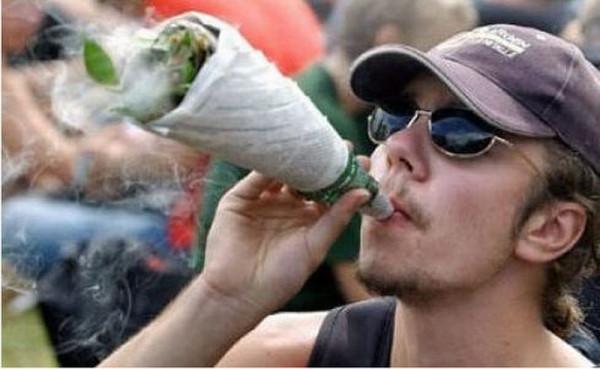 64209825-etnobotanice-fumator