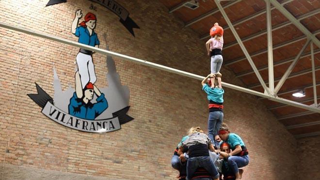 Assaig-dels-Castellers-de-Vilafranca_The-Human-Tower