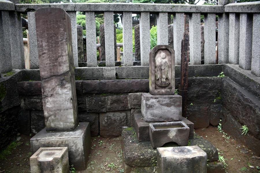 Где находятся могилы 47 ронинов