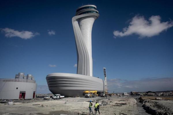 Новый гигантский аэропорт Стамбула.