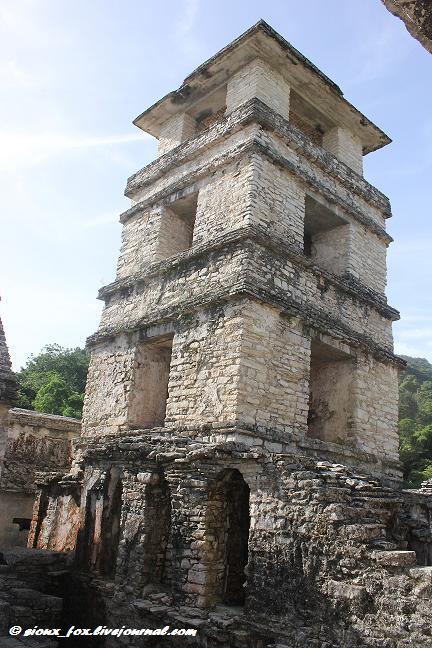 Паленке. Затерянный город в Тумбольских горах Мексики. -