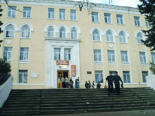 школа № 175, Баку