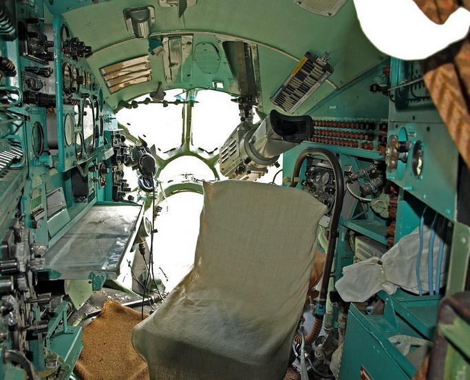 Кабина штурмана Ту-134А