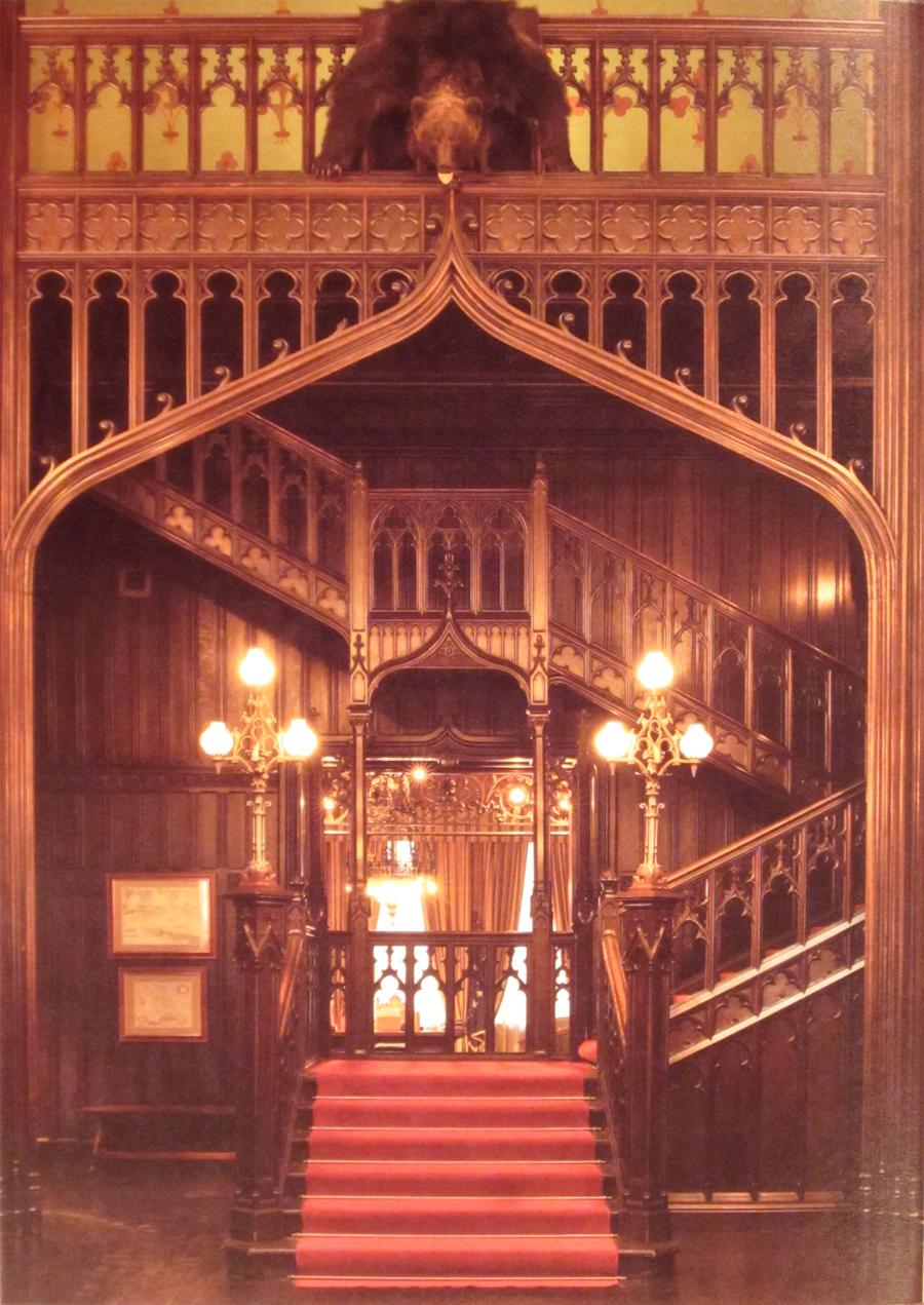 21_Вид из холла на лестн и кабПосла фЮПальмина
