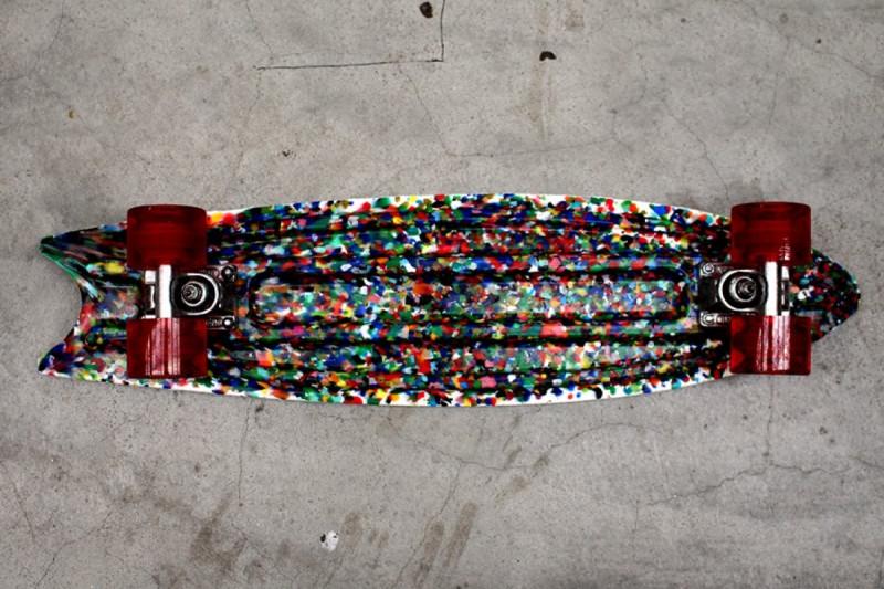 Скейтборд из пластикового мусора.