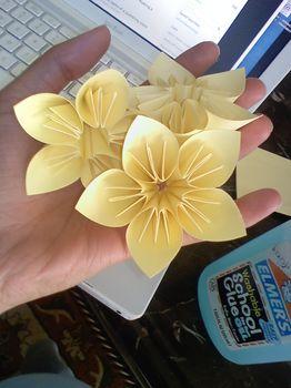Красивый цветок в технике оригами. Мастер класс.