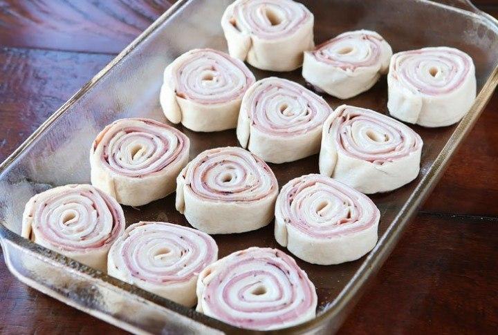 Классная идея для булочек слоеное тесто, ветчина и сыр4