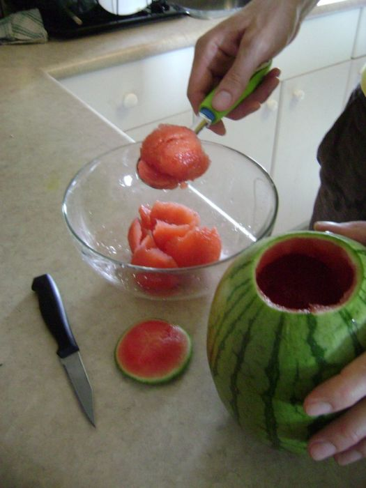 how_to_make_a_watermelon_keg_04