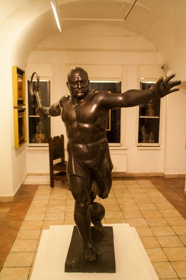 О советском искусстве. Случай Церетели