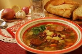 Суп из фасоли.