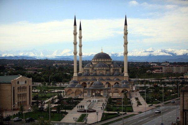 Союз добровольцев России покоряет Чечню