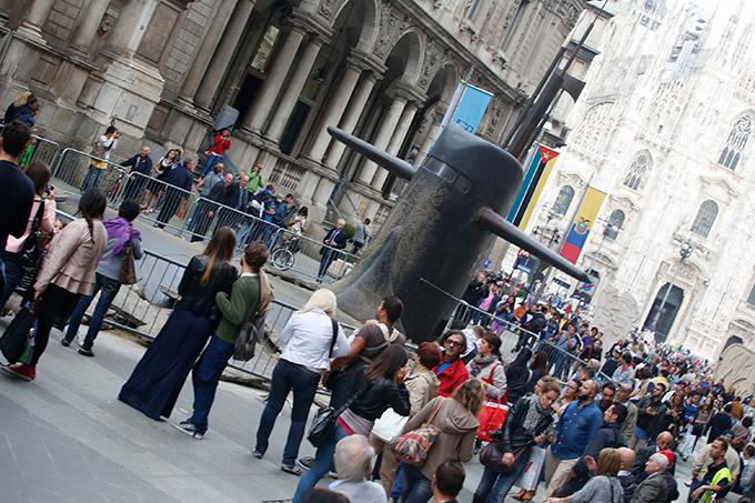 Русская подводная лодка всплыла в центре Милана