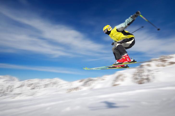 snow-sports-helmet-ski-485x728