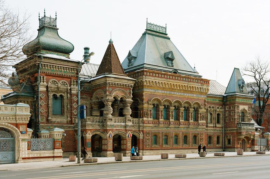 Московский дневник, пряничный домик