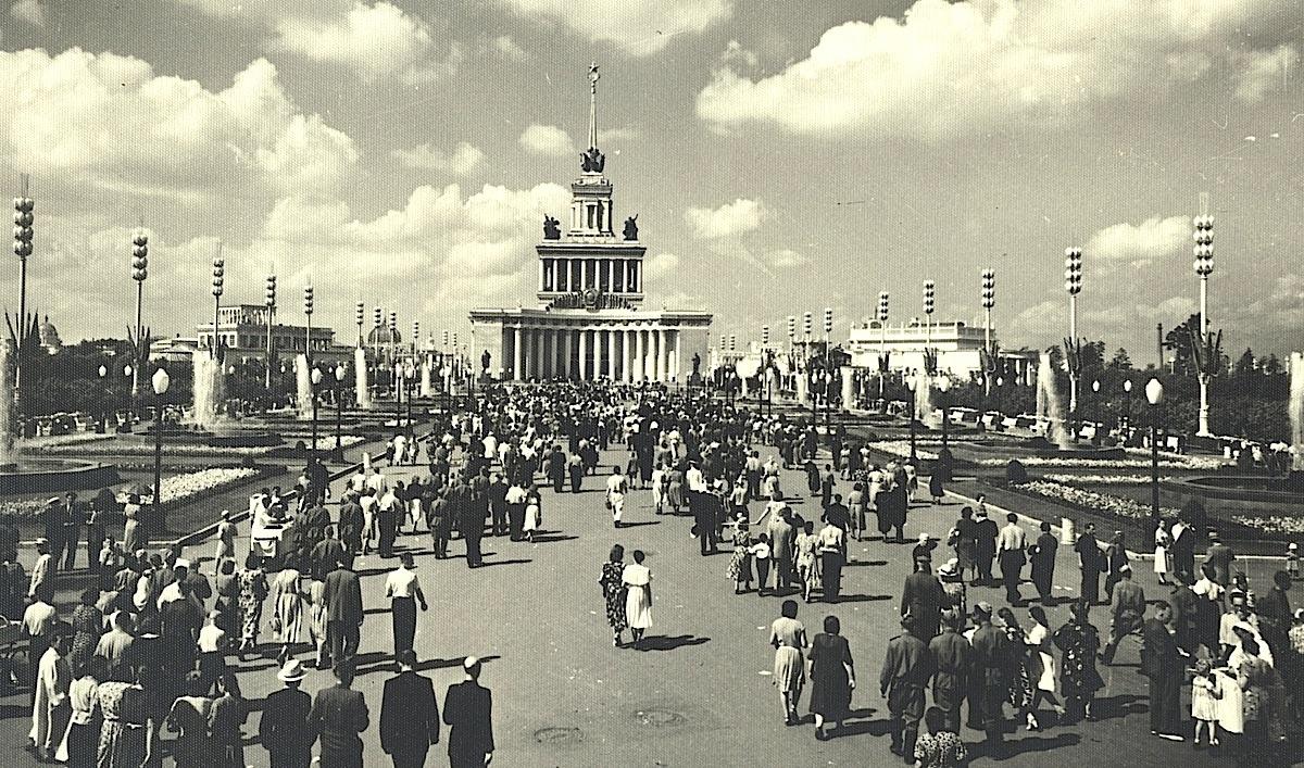 Московский дневник, ВДНХ выставку, сейчас, здесь, очень, дворец, время, центре, увидеть, фонтан, просто, дворцы, только, более, интересно, республик, дворцами, народов, нужно, фигуры, войны