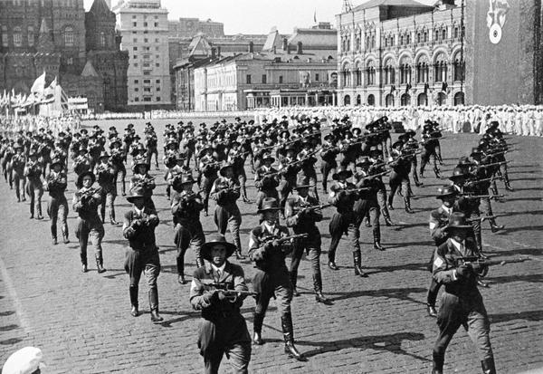 Снайперы на параде