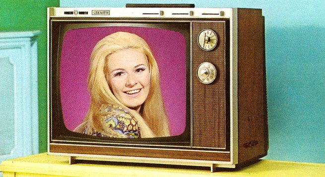 1971-Color-TV-Advertisements-22-655x356