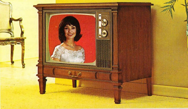1971-Color-TV-Advertisements-82-655x380