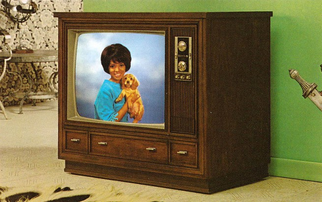 1971-Color-TV-Advertisements-92-655x411