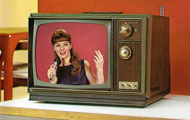 1971-Color-TV-Advertisements-114-655x415
