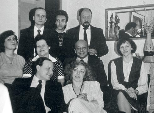 143-26-061986 год внук писателей Гайдара и Бажова Егор женился