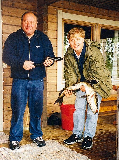 143-27-10Егор Гайдар с сыном Петром