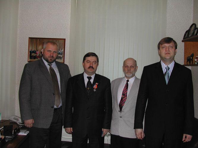 foto_1енералы Виктор Водолацкий , Михаил Филин, Владимир Податев