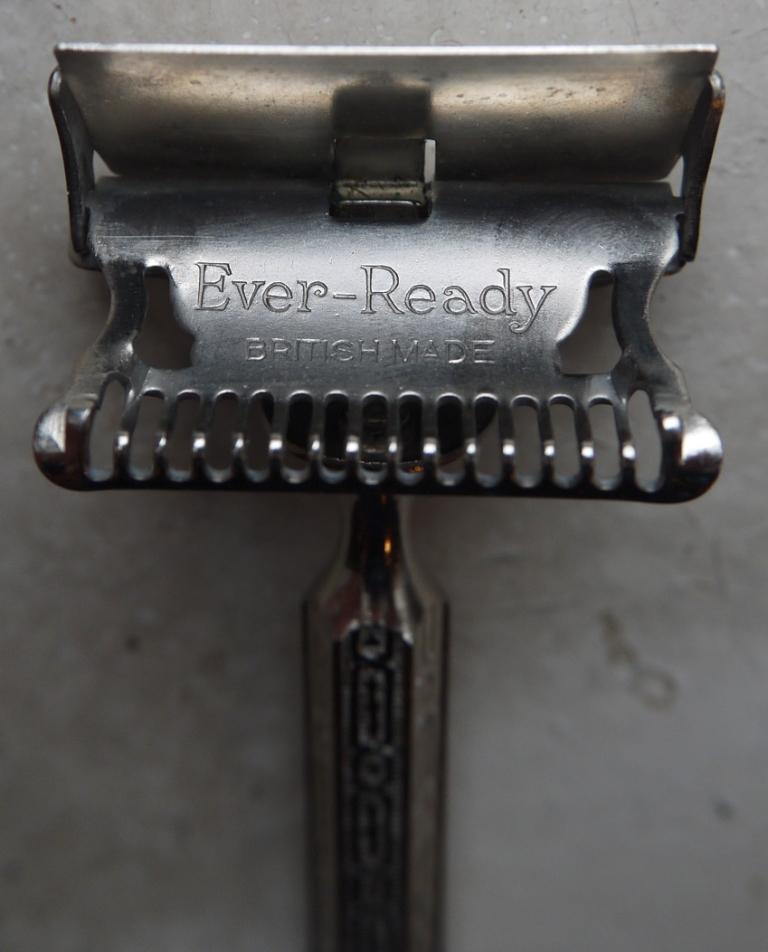 Ever-Ready. BRITISH MADE (13)