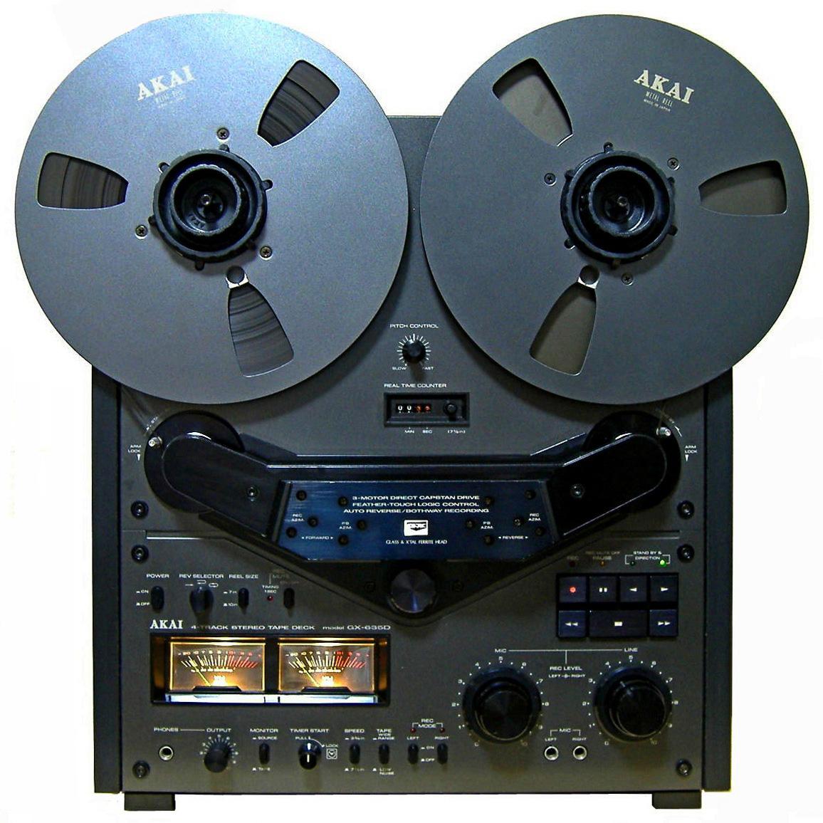 Akai GX-635