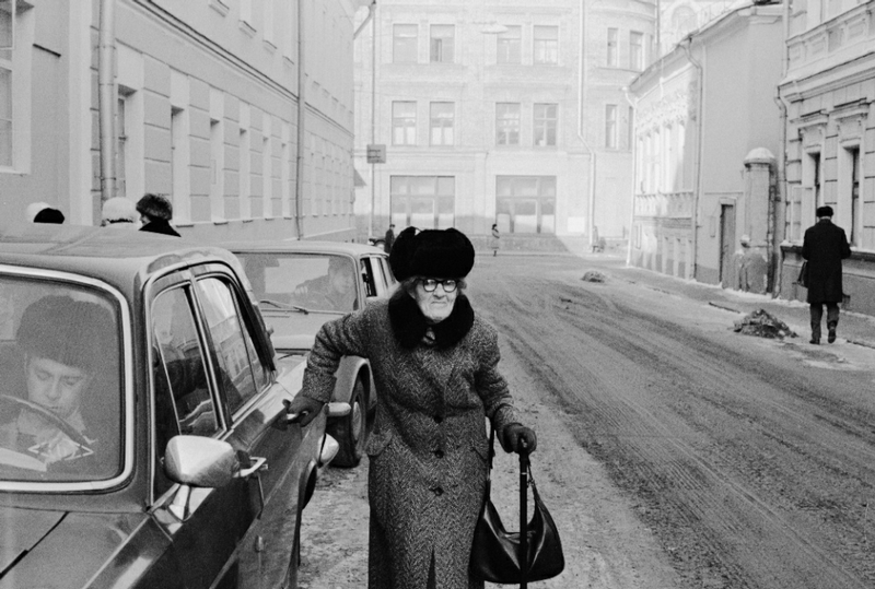 photosbyigorpalminphotos-33Moscow. A passerby, Griboyedov Street, 1978