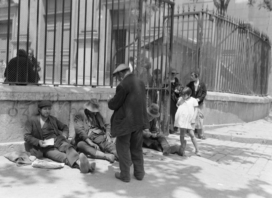 Бродяги Марселя, Франция, 1935