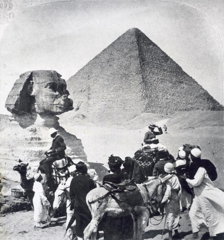 Туристы в Египте, Гиза, 1904.