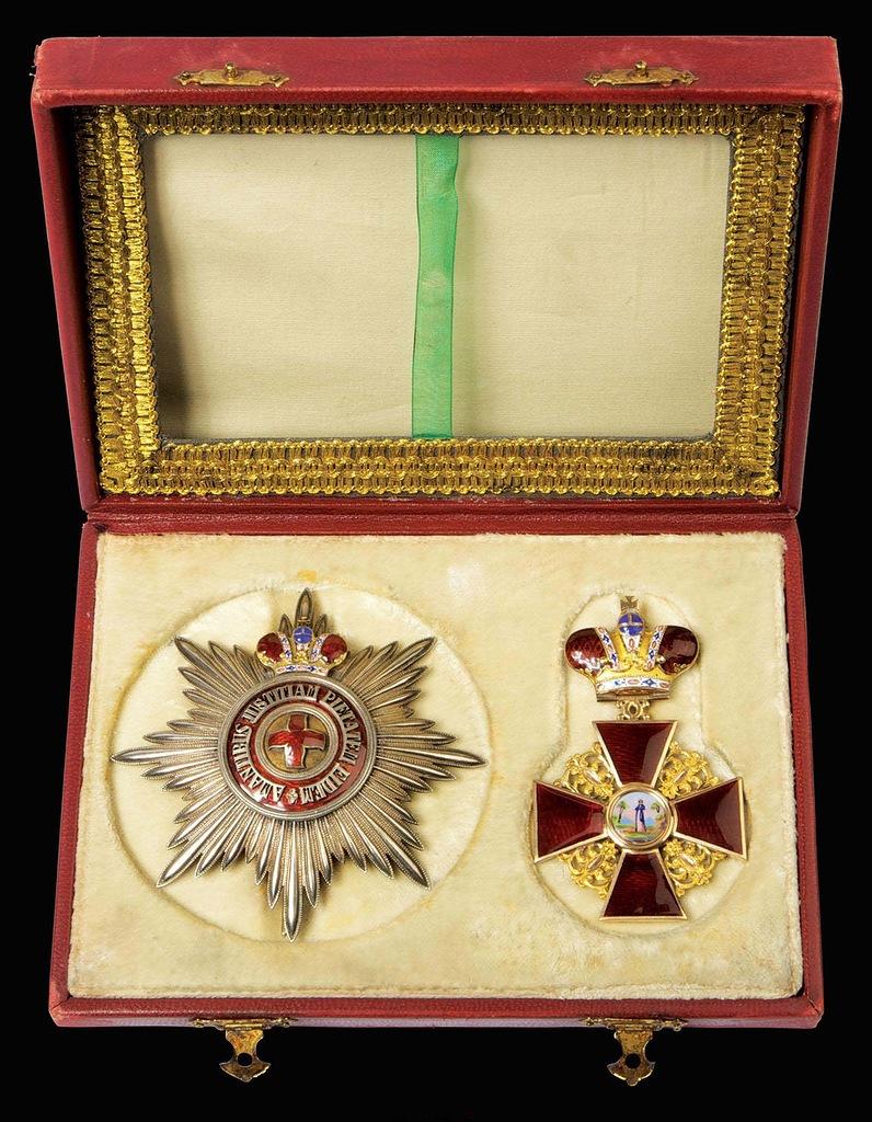 0_99b5c_fbd00ba1_XXLЗвезда и знак ордена ордена Святой Анны I степени с короной