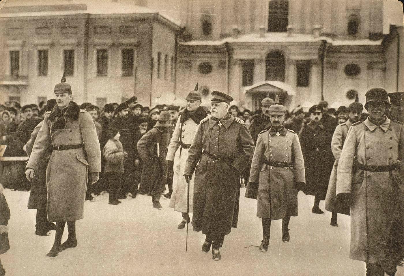 4Прибытие немецкой делегации в Брест-Литовск