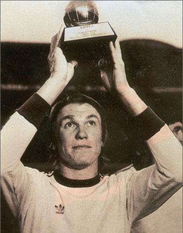 1975-год-Золотой-мяч-Олег-Блохин