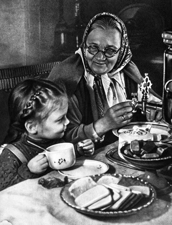 06«Аллочка в гостях у бабушки», 1950 год.