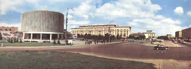 moscow60panorama3Кутузовский проспект. Здание Музея-панорамы «Бородинская битва».
