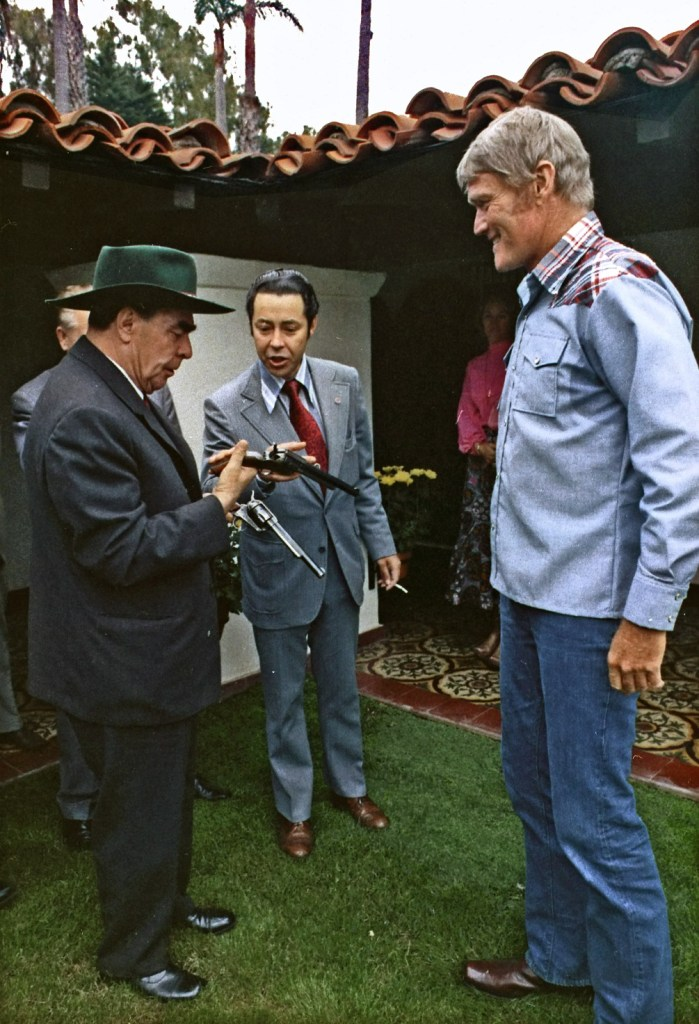 General_Secretary_Brezhnev_meets_actor_Chuck_Connors,_at_San_Clemente_-_NARA_-_194526_-_edited
